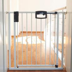 Choisir une barrière de sécurité d'escalier pour bébé